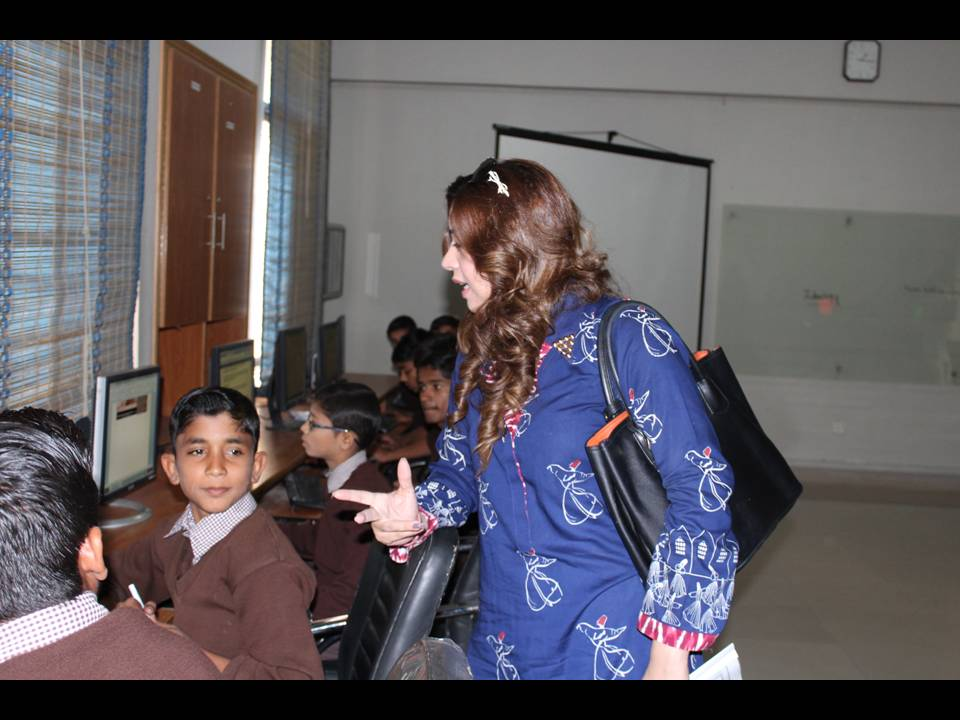 Komal Rizvi Visit (2)