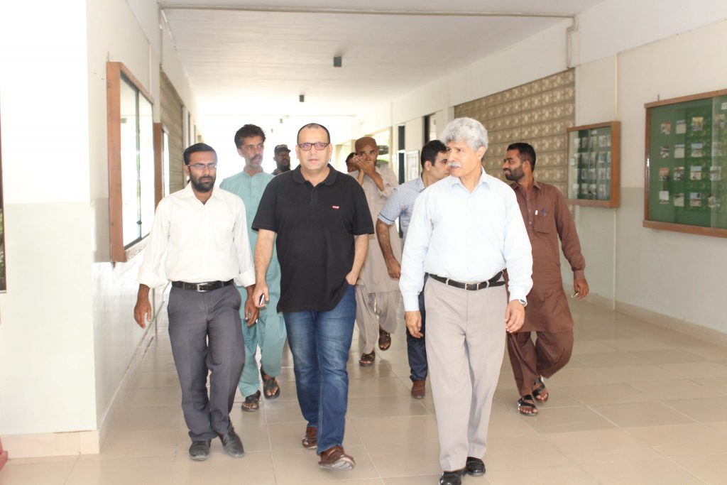 Syed Arshad Waris Assistant Commissioner Ibrahim Haidery Visit to KA_2